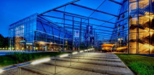Nachtaufnahme-SCB-von-Vision-Fotos-1024x501