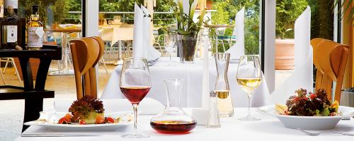 Hotel avendi Potsdam Restaurant Tisch 3cf02bdd69